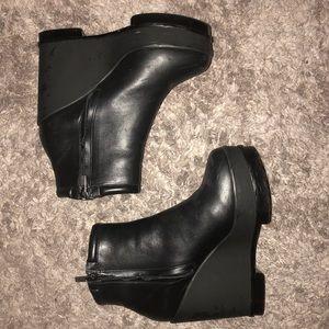 Robert Clergerie Leather Platform Wedge Booties 38